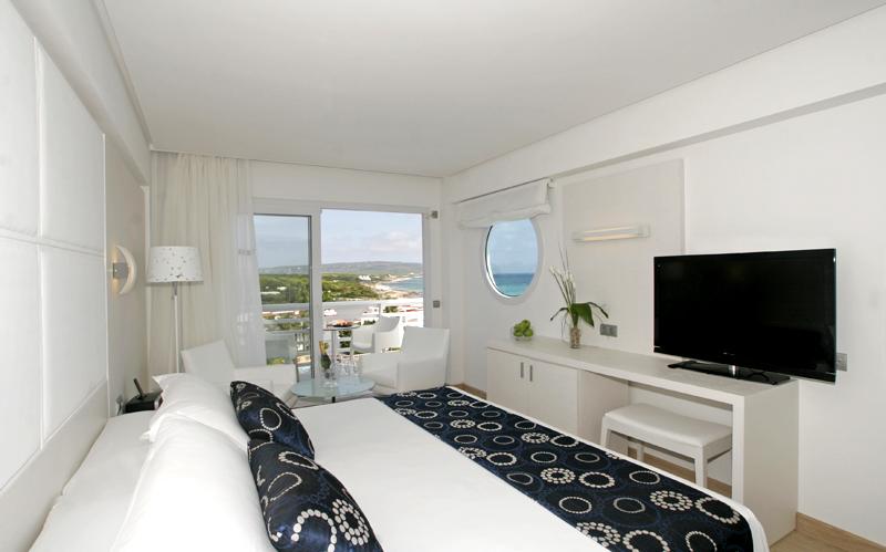 Hotel formentera playa in playa migjorn formentera for Hotel formentera playa