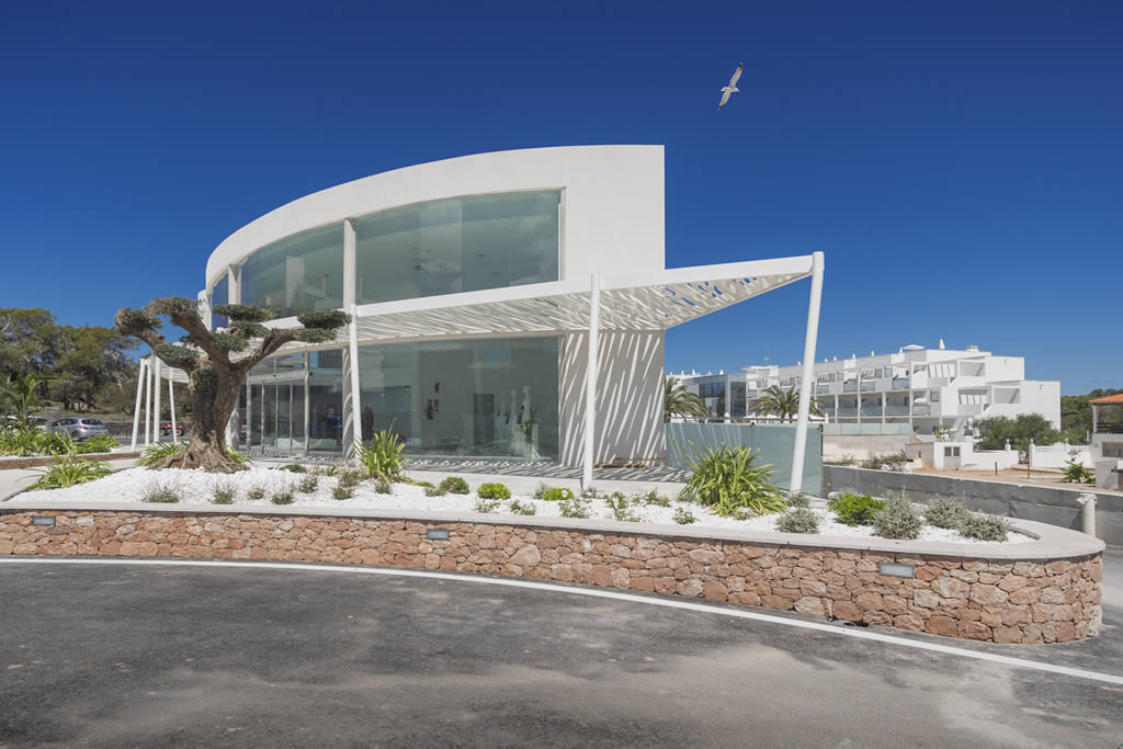 Hotel blanco in es pujols formentera for Hotels formentera