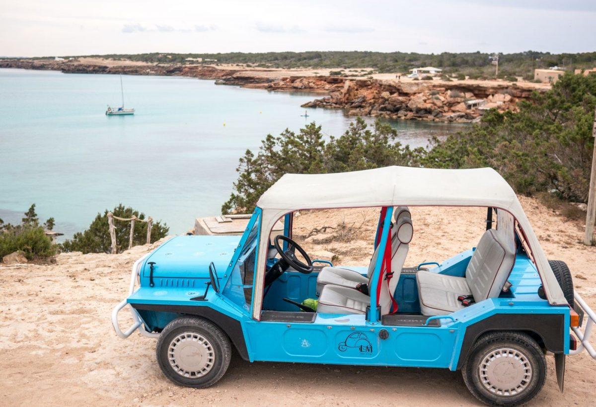 Die Anziehungskraft Formenteras sorgt dafür, dass Touristen über die Insel hereinbrechen. Eine Einschränkung des Autoverkehrs soll für Entlastung sorgen.